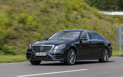 Mercedes-Benz S560 4Matic on Road